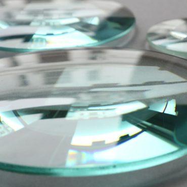 Acrylic Circular Polarizer Lens | American Polarizers, Inc.