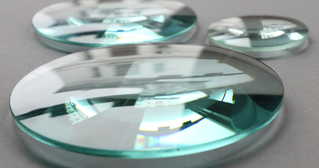 Glasses Lens array on tabletop   American Polarizers, Inc.